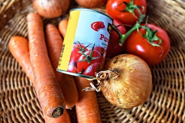 Tinneed Tomatoes