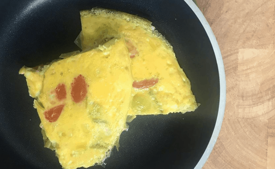 Leek And Tomato Omelette